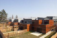 Staff accomodation, Van Dongen Senior School in Lagny (France) by Atelier Bauve #Architecture #VMZINC&FACADE #Zinc #Façade #VMZINC #France #CollectiveHousing #QuartzZinc #Project