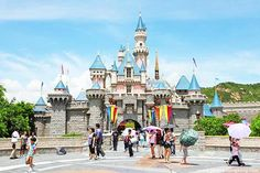 Citybreak: 4D3N Free & Easy Stay at Hong Kong - Includes Return Flight by Cathay Pacific + Accommodation at Silka West Kowloon / Holiday Inn Express + Half Day City Tour (Min 2 Pax) - iLoveDeals Singapore