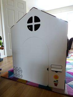 #maison #cabane #carton #enfant #wiplii #house #cardboard #children #diy