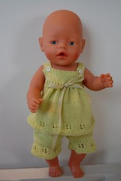 leuk gebreid Tiny Dolls, Ag Dolls, Reborn Dolls, Doll Toys, Knitting Dolls Clothes, Knitted Dolls, Baby Knitting, Crochet Baby, Baby Born Kleidung