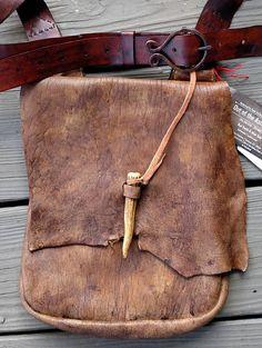 Primitive Distressed Mountain Man Possibles Bag Powder Horn Medicine Hunting
