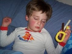 The sensory side of sleeping. Sleep challenges for kids with SPD. Sensory Tools, Autism Sensory, Sensory Diet, Sensory Issues, Sensory Activities, Sensory Play, Sensory Disorder, Sensory Processing Disorder, Pediatric Occupational Therapy