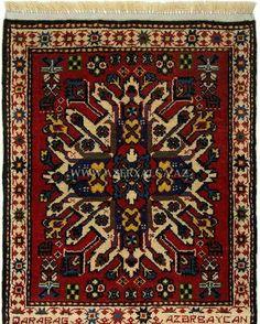 Kiçik ölçülü Qarabağ xalçası. Miniature size Karabakh rug.  #carpet #flooring #covering #interiordesign #elledecor #houseandgarden #arearug #customrug #naturaldye #handmade #traditionalrug #caucasianrug #orientalrug #homedecoration #azerbaijan #travel #art #culture #kovri #hali #tapis #teppich #tappeto #contemporary #kilim #weaving