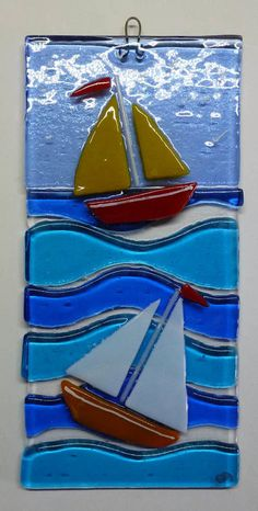 Original fused glass art picture, beach huts and sailing boat - glass art - Brille Broken Glass Art, Shattered Glass, Sea Glass Art, Stained Glass Art, Glass Boat, Glass Fusion Ideas, Glass Art Pictures, Glass Art Design, Crushed Glass