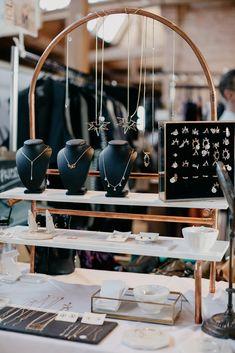 Jewelry store design, jewelry booth, craft show displays, market displays, Jewelry Table Display, Jewelry Booth, Earring Display, Jewelry Show, Jewelry Stand, Jewellery Storage, Retail Jewelry Display, Big Jewelry, Jewelry Hanger