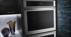 Jenn-Air wall oven talks to your smartphone