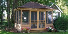 Beautiful Gazebo Design Ideas To Try Asap - If you are trying to decide if a gazebo design is the right for your yard or not you may want to consider a few things. First a gazebo is a pavilion s. Large Gazebo, Screened Gazebo, Hot Tub Gazebo, Backyard Gazebo, Wooden Gazebo, Cozy Backyard, Cozy Patio, Outdoor Rooms, Outdoor Living