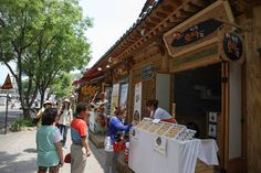Besides its rich culture and hanok-style housing, Jeonju Hanok Village is also known for its delicious street food