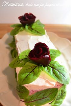 Beetroot and bluecheese sandwichcake