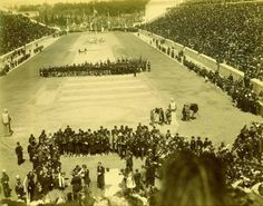 1896 ~ During the closing ceremony of the Olympic Games in Athens Athens Acropolis, Athens Greece, City People, Olympic Games, Old Photos, Olympics, Documentaries, The Past, Black And White