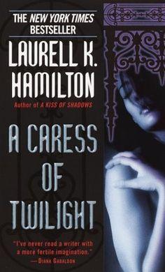 A Caress of Twilight  laurell k hamilton