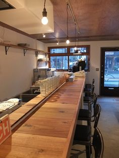 be myself coffee stand [初台] 店舗デザイン. Restaurant Interior Design, Cafe Interior, Ramen Bar, Small Restaurants, Black Rooms, Small Bars, Vintage Cafe, Japanese Interior, Shop Interiors