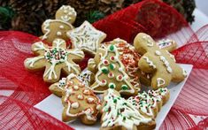 You will find here various recipes mainly traditional Romanian and Mediterranean, but also from all around the world. Chef Blog, Caramelized Sugar, Vanilla Sugar, English Food, Gingerbread Cookies, Baking, Romania, Desserts, Recipes