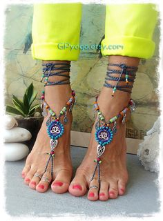 READ FOR IMPORTANT INFO. **** Unique GPyoga design **** Do not copy in any way please. YOU WILL RECEIVE what you see on the images #2 and 3. that is without the shoes and beaded anklets. (Image #1, 4 and 5 is showing them off with beaded anklets which are NOT included in this offer!) read ON