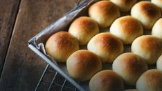The title doesn't lie, these really are the Best Dinner Rolls. They are buttery, soft, fluffy, and delicious. Vanilla French Toast, Mini Pains, Bread Recipes, Cooking Recipes, Homemade Dinner Rolls, Bread Bags, Hawaiian Rolls, Instant Yeast, Bagels
