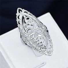 Silver Plated Wedding Heart Ring Finger Band Jewerly Party Size Hot Sale R. Finger Band Top Cool Titanium Steel Jewelry Sexy Heart Ring Couple Wedding r. Sexy New Ring Titanium Steel Heart Couple Wedding Finger Band Matching Lovers r. Finger Band, Big Wedding Rings, Wedding White, Women Jewelry, Fashion Jewelry, Fashion Ring, Color Plata, Big Rings, Thumb Rings