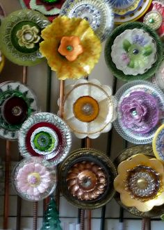 Plate  Flower Bed. #260.                          Garden Yard Art glass and ceramic plate flower