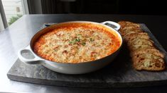 Baked Chicken Parmesan Dip Recipe If you love chicken Parmesan, you'll love Chef John's version as a cheesy, baked dip that's perfect for entertaining. Healthy Baked Chicken, Baked Chicken Recipes, Chicken Meals, Appetizer Dips, Appetizer Recipes, Yummy Appetizers, Dinner Recipes, Parmesan Dip Recipe, Dip Recipes