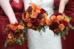 Bouquets for bride and bridesmaids, autumn style
