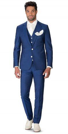 donkerblauw 3-delig pak Italiaans gesneden donker blauw pak, 3-delig uitgevoerd met gilet van hetzelfde materiaal als het kostuum.