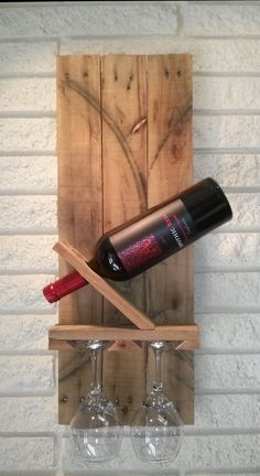 Modern Pallet Wine Rack With Glass Holder Perfect For Smaller Walls. Free…