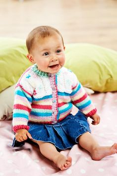 The beautiful Mama yarn kit that comes with issue 53 (on sale 26th July) can stretch impressively far. Look at this sweet cardigan with cabling and embroidery details you can make! #knitting