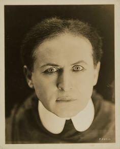 Houdini: Art and Magic   MMoCA. Image: Harry Houdini, c. 1920. Gelatin silver print 10 x 8 1/16 in. ( 25.4 x 20.5 cm). National Portrait Gallery, Smithsonian Institution, Washington, D.C.