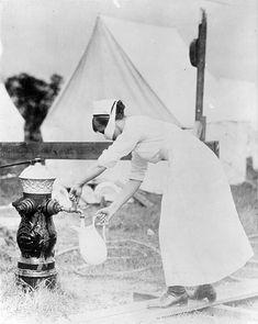 Nurse in the fall of 1918.