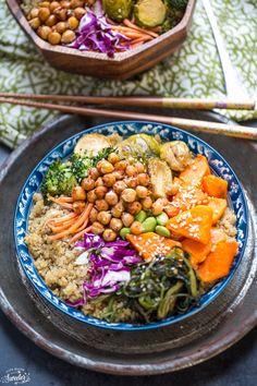 Roasted Vegetable Buddha Bowls make the perfect light