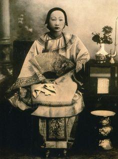 """ Kung Fu Cha "" Chinese Tea Ceremony - Joelle"