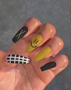 Bling Acrylic Nails, Acrylic Nails Coffin Short, Simple Acrylic Nails, Summer Acrylic Nails, Best Acrylic Nails, Gel Nails, Edgy Nails, Grunge Nails, Funky Nails