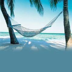 Hangmat bij strandhuis
