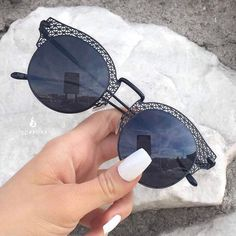"""14.7k Likes, 22 Comments - Makegirlz (@makegirlz) on Instagram: """"Black is my happy color ! Love these sunglasses from @topfoxx @topfoxx They just came back in…"""""""