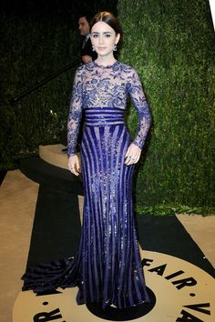 Lily Collins in Zuhair Murad at the Vanity Fair party after the Oscars. We think this suits her coloring and the gown is flattering. Zuhair Murad, Lily Collins Vestidos, Oscar 2013, All Fashion, Fashion Outfits, Fashion Trends, Vogue, Vanity Fair Oscar Party, Red Carpet Looks