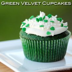 st patrick's day cake ideas | Egg Free Bakery: St. Patrick's Day Food Ideas