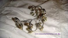 Step by Step Wire Bracelet and pearls
