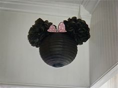 Don't know what I would use this for, but it's super cute! Easy, awesome idea for Minnie or Mickey Decoration. Just add small pom pom's to a paper lantern!