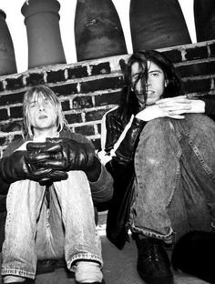 Kurt Cobain and Dave Grohl. Nirvana.  R.I.P Kurt Cobain
