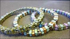 Free Rulla bead pattern by Julia Gerlach from Bead & Button. #Seed #Bead #Tutorials