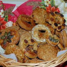 Gyors és puha mézeskalács Recept képpel - Mindmegette.hu - Receptek Minion, Muffin, Xmas, Chicken, Breakfast, Food, Morning Coffee, Christmas, Essen