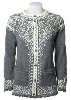 A Norlender guarantees genuine Norwegian knitwear, environmentally friendly since 1927 Pure Norwegian Wool Cardigan for Women Elegant, lightweight cardigan wi Knit Fashion, Boho Fashion, Fashion Outfits, Womens Fashion, Norwegian Knitting Designs, Fair Isle Knitting Patterns, Kurta Neck Design, Pullover, Wool Cardigan