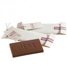 Raumgestalt  Sinnvolle Schokolade Liebe    Sinnvolle Schokolade verfehlt niemals ihren Zweck. Die geschmackvolle Substanz trägt Worte mit Bedacht und auf die angenehmste Art...