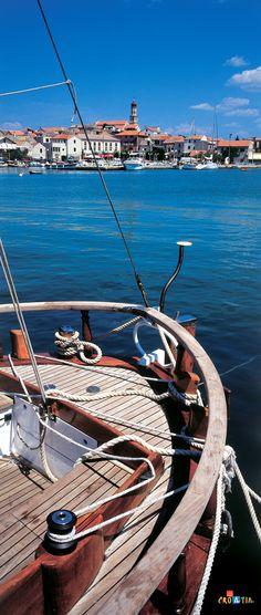 Sailing guide to Croatia