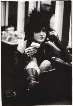 Siouxsie Sioux backstage in Holland, 1979