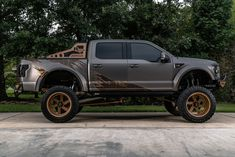 Take a look at the The Rapture! Ford SEMA Truck photos and go back to customizing your vehicle with renewed passion. Ford Rapter, Ford 4x4, Jeep 4x4, Custom Ford Ranger, Ford Pickup Trucks, Suv Trucks, Lifted Trucks, Muscle Truck, Muscle Cars