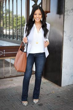 ca69eefdfb How to Wear Bootcut Jeans + 12 Outfits With Bootcut Jeans (Putting Me  Together)