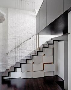 House with interesting ideas in New York City  // Дом с интересни идеи в Ню Йорк