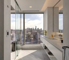 Manhattan-based architectural practice, Andre Kikoski Architect, has designed the One Madison Park Residence project. Completed in 2013, the luxury apartment overlooks Madison Square Park, New York City, US. Located on the 32nd floor, this 1,500-square-foot pied-a-terre for a globe-trotting art collector is an elegant haven to recharge and enjoy ever-changing views of the Manhattan skyline while enjoying favourite pieces from his dynamic art collection.