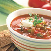 Tomatsoppa med vitlöksröra