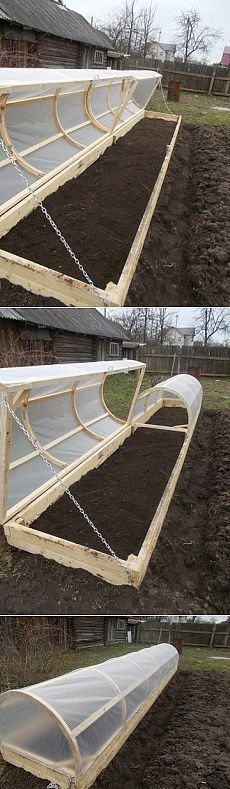I would love to try something like this for our strawberries forever being eaten by the bunnies! Heated Greenhouse, Tunnel Greenhouse, Simple Greenhouse, Pvc Greenhouse, Winter Greenhouse, Greenhouse Ideas, Greenhouse Gardening, Strawberries Garden, Container Strawberries